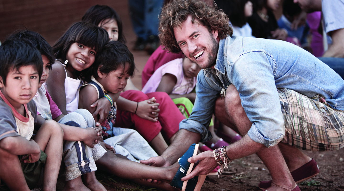 toms-shoe-giving
